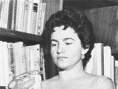 ¿Quién fue Reina Torres de Arauz?