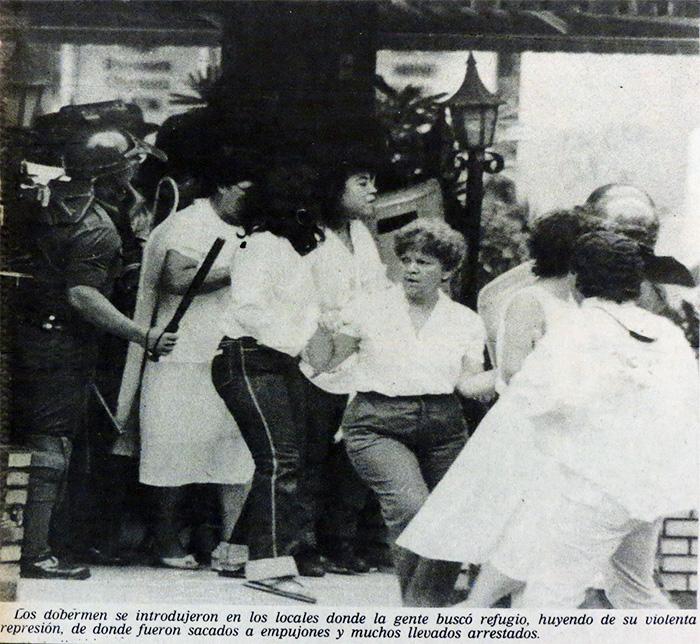 doberman-represion-locales