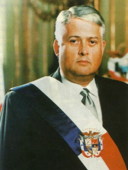 Ernesto Pérez Balladares González Revilla