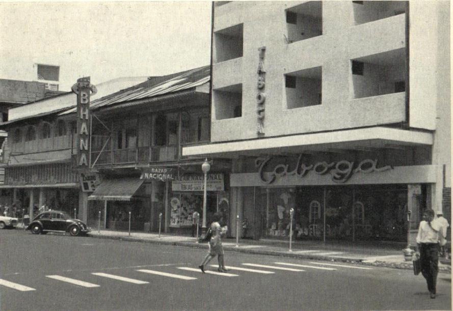 Avenida Central en 1960.