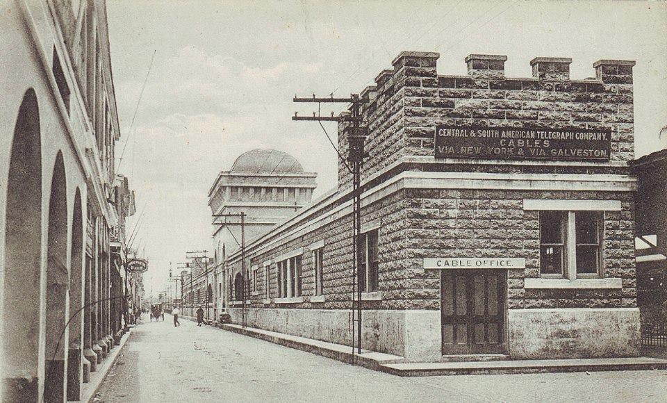 Colon-1910-Compañia-de-Telegrafos-y-Estacion-del-Ferrocarril