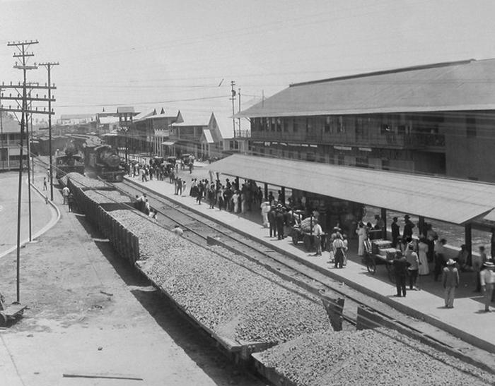 Colon-estacion-tren-cristobal-1910