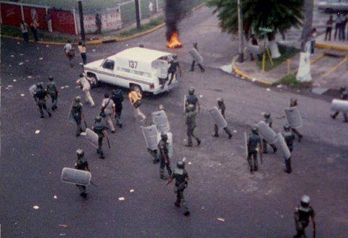 Unidades Antimotines Doberman se toman Via Argentina