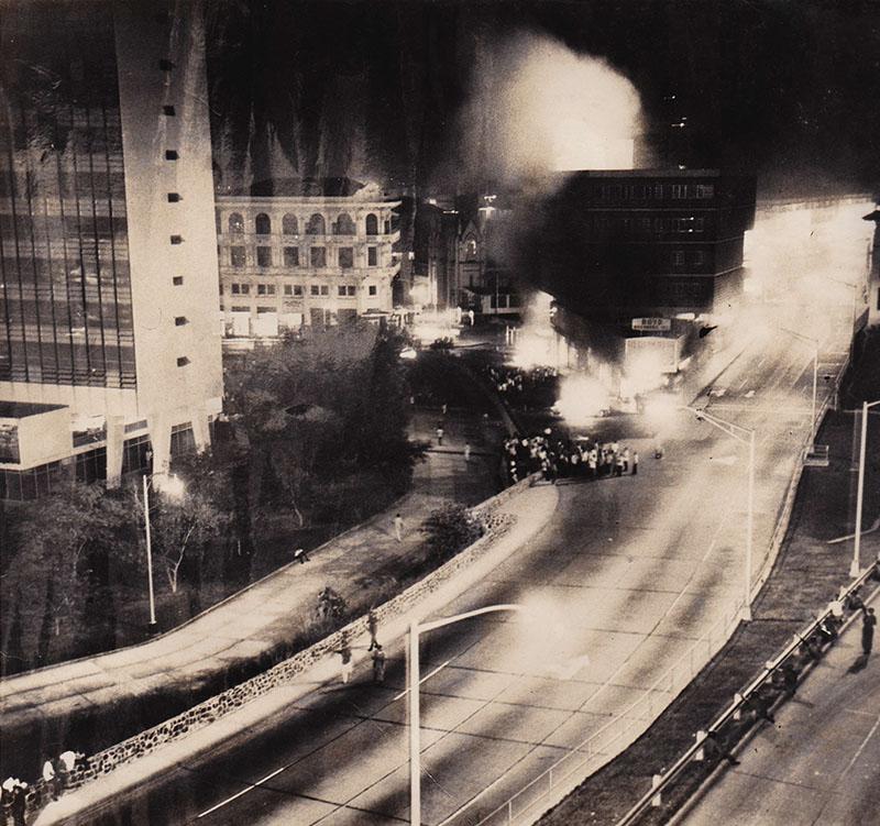 avenida 4 julio durante la noche del 9 de enero
