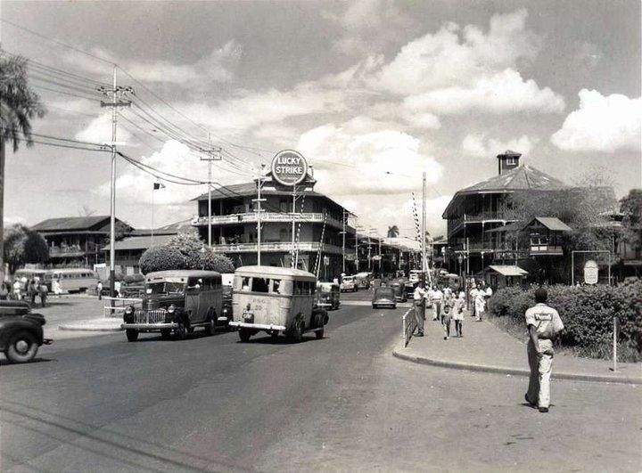 Avenida Central en 1949.