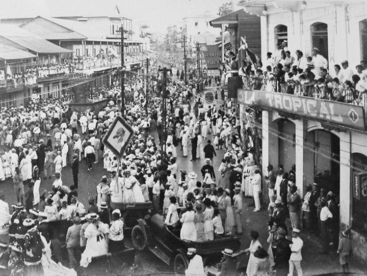 carnaval-avenida-central-1920