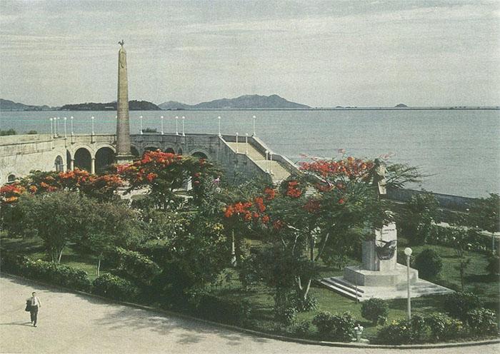 casco-viejo-Plaza-Francia-1941