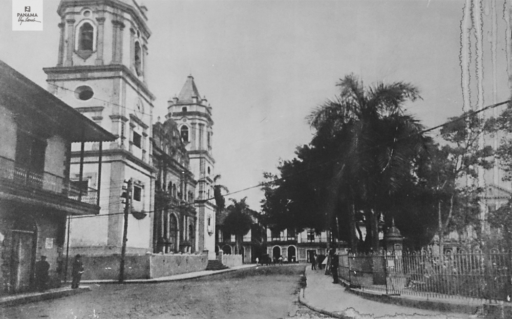 casco viejo plaza catedral