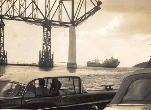 puente americas desde el ferry 1961