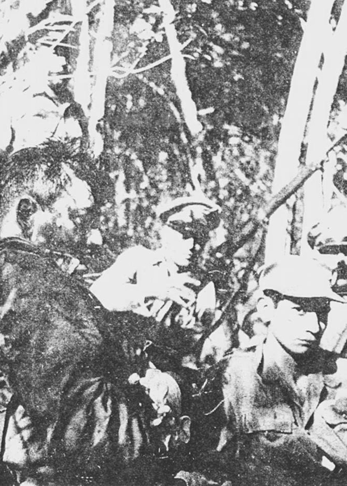 grupo de militares que confrontó a los estudiantes revolucionarios el 6 de abril de 1959