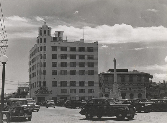 plaza 5 de mayo decada 1940