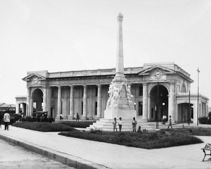 La historia de la Plaza 5 de mayo