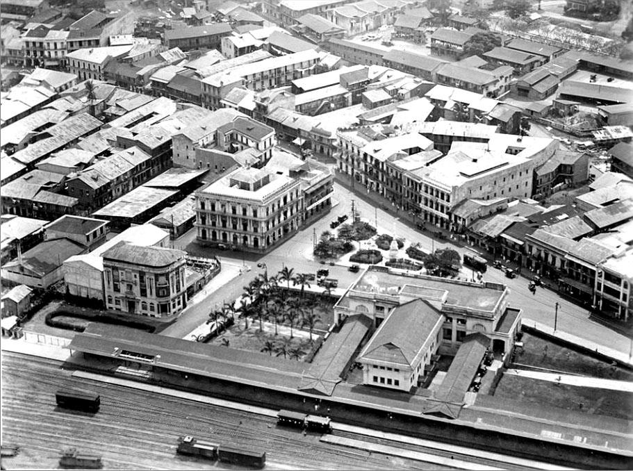 vista aerea plaza 5 de mayo en 1930