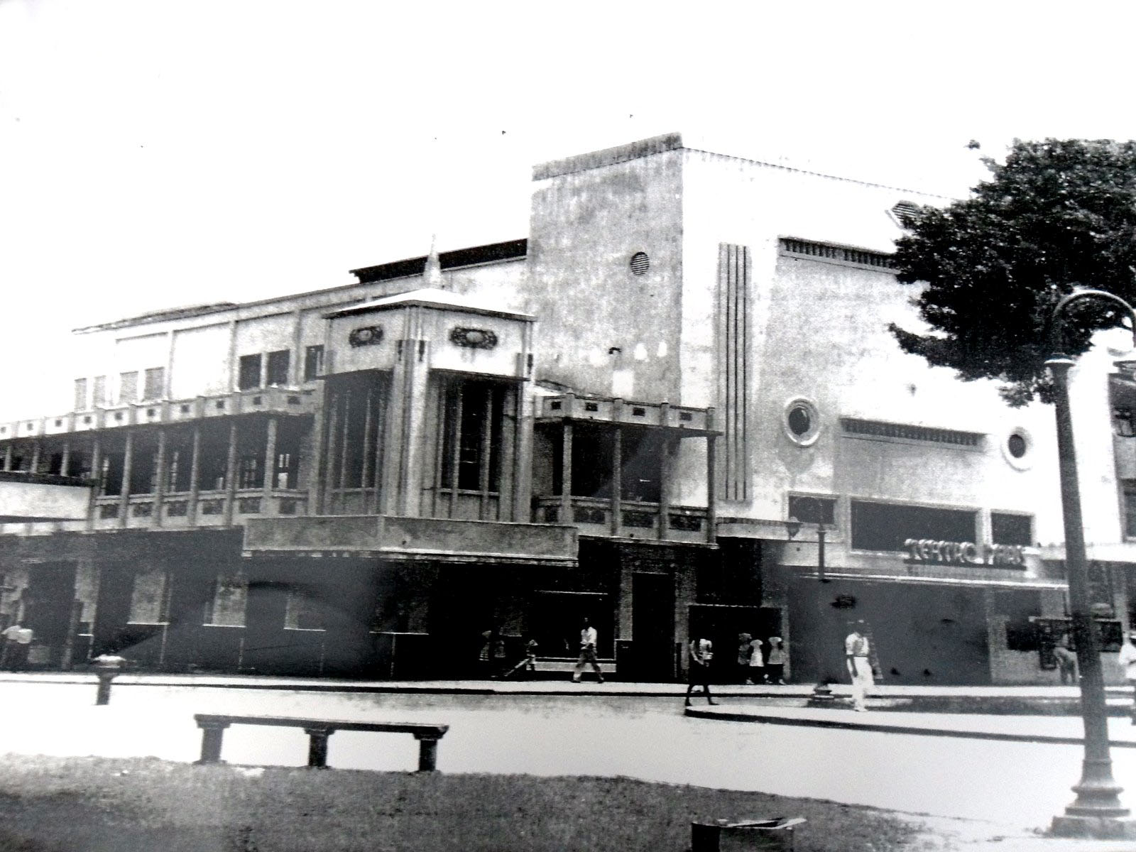 teatro paris