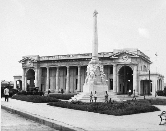 estacion ferrocarril junio 1916