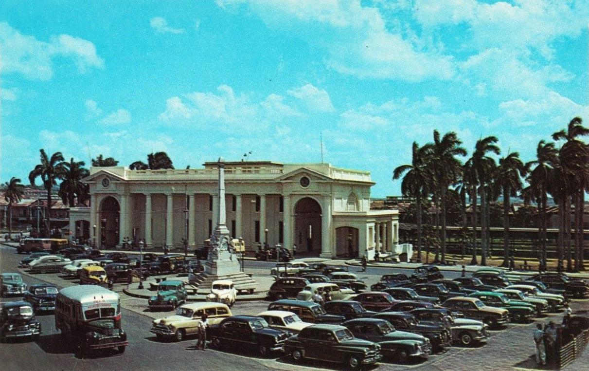 estacion ferrocarril plaza 5 mayo años 50