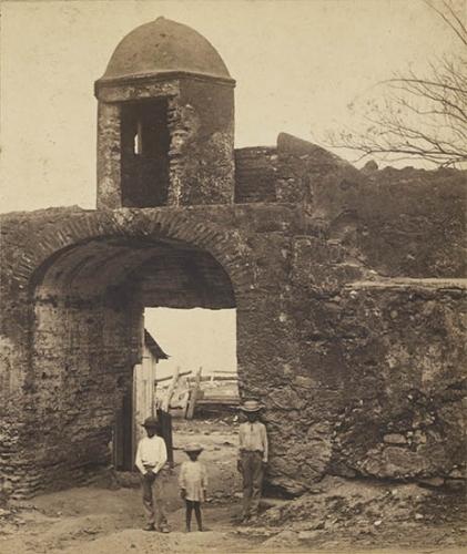 1875 Gate de Las Monjas